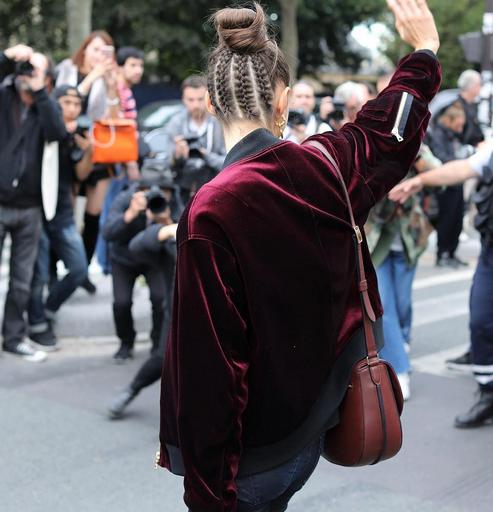 braids, plexides, kotsos, bun