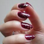 glitter-nails-berry