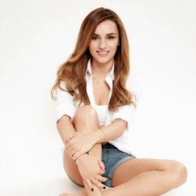 Ελένη Τσολάκη: Το άρωμα που φοράει αυτή την εποχή είναι σέξι και άκρως θηλυκό
