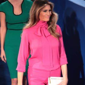 Η Μelania Trump φόρεσε ένα total white σύνολο και ήταν πιο κομψό από ποτέ