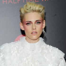 Η Kristen Stewart δεν είναι πια ξανθιά! Σε ποιο χρώμα έβαψε τα μαλλιά της;