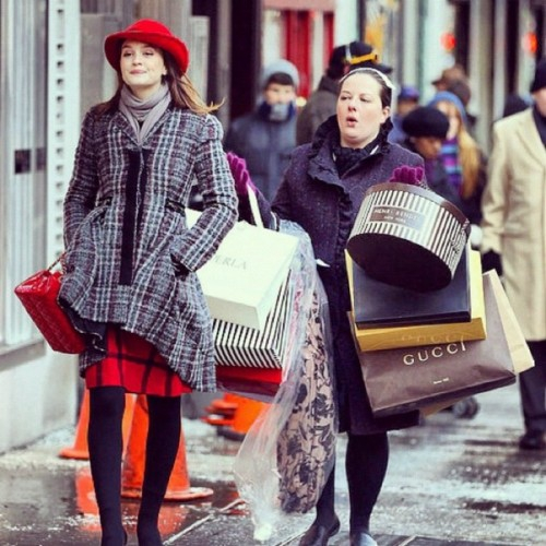 black-friday-homepage-image-gossip-girl