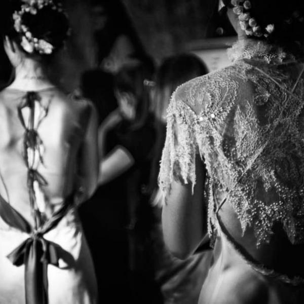8ce8a879c408 Atelier Loukia Bazaar: Αποκτήστε τα ωραιότερα ρούχα υψηλής ραπτικής σε  απίστευτα χαμηλές τιμές