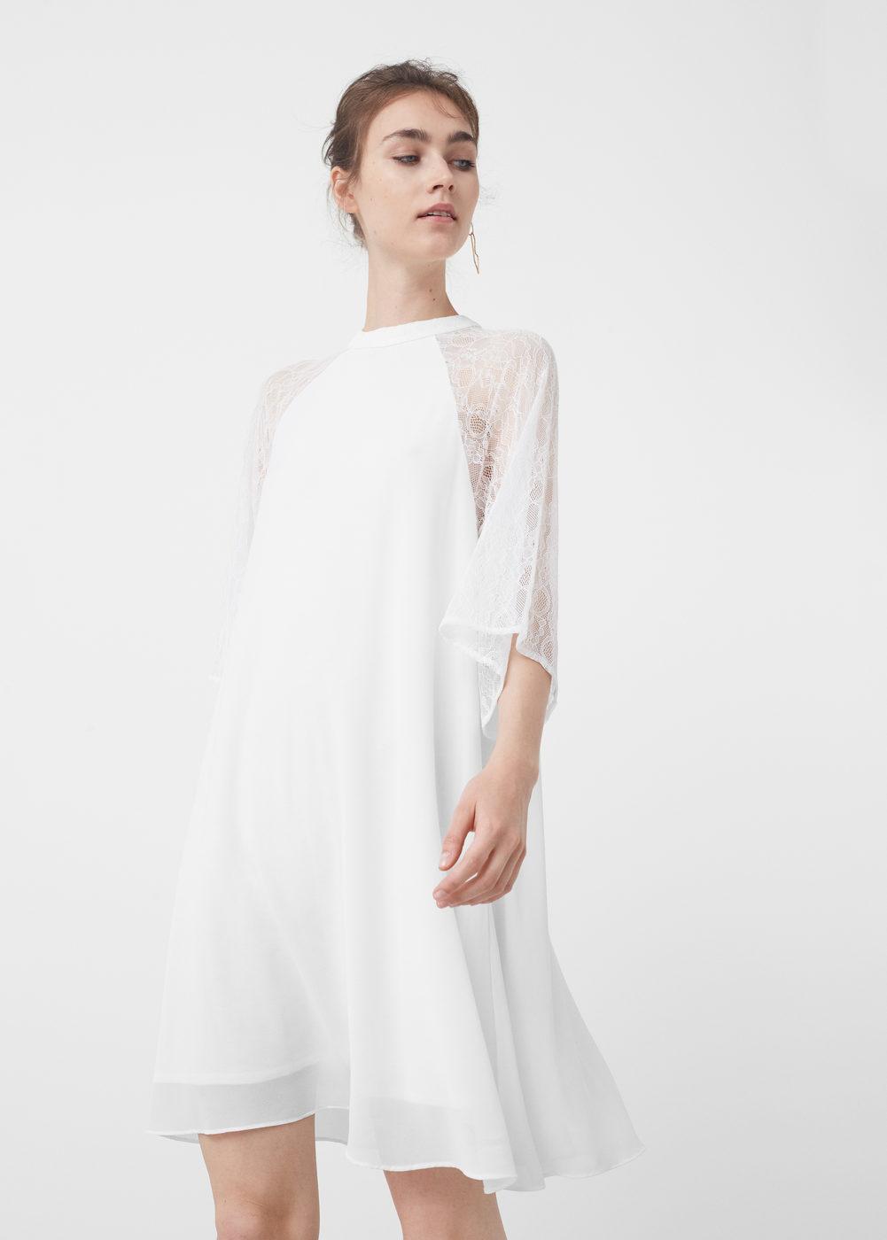 Το λευκό είναι ένα χρώμα που μπορεί να φορεθεί πραγματικά από όλους. Η  αλήθεια είναι βέβαια πως 5726d18c814
