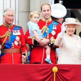 Πένθος στο Buckingham Palace: «Έφυγε» από τη ζωή στα 91 της χρόνια