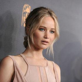 Ετοιμάζεστε να παντρευτείτε; Μόλις βρήκατε τι χτένισμα θα κάνετε, χάρη στην Jennifer Lawrence