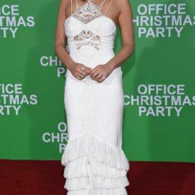 Η Olivia Munn με Jonathan Simkhai