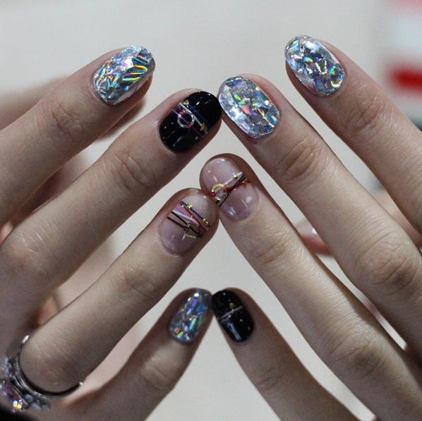 nuxia, nail art, diamond nails