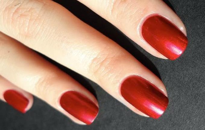 metallic-red