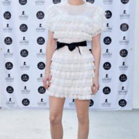 Η Emma Roberts με Huishan Zhang