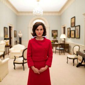 Γιατί πρέπει να δείτε το Jackie με τη Natalie Portman στους κινηματογράφους