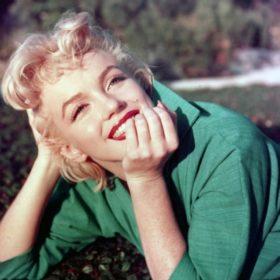 Αυτή είναι η ακριβής απόχρωση κόκκινου κραγιόν που φορούσε η Marilyn Monroe