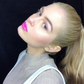 Η Αμαλία Κωστοπούλου έχει ένα κοινό με την Bella Hadid