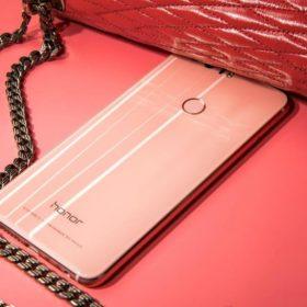 Honor 8 Pink: Το κινητό που θα ενθουσιάσει όλες τις γυναίκες