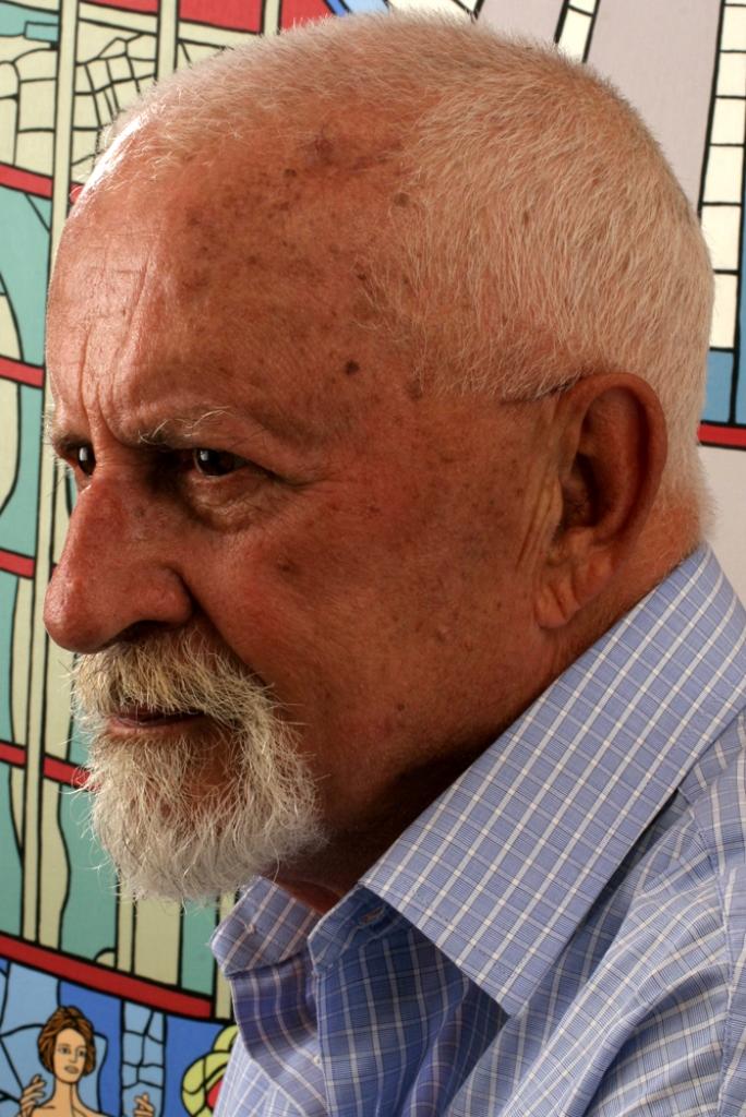 Giorgos Ioannou portrait 2