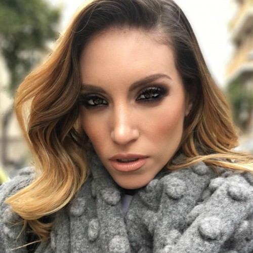 athina oikonomakou, homepage image, smokey eye, nude lips, wavy hair