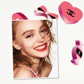 Must Have: Η Chanel κυκλοφόρησε τα πιο cool stickers στο App Store