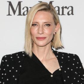 Αυτό είναι το άκρως θηλυκό άρωμα που φοράει καθημερινά η Cate Blanchett