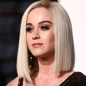 Δεν θα πιστεύετε πόσο κοντά έκοψε τα μαλλιά της η Katy Perry