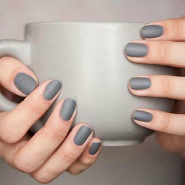 grey nails, mani, homepage image hot τάσεις νύχια
