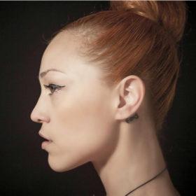 Η αγαπημένη μάσκαρα της Πηνελόπης Αναστασοπούλου θα κάνει τις βλεφαρίδες σας πιο εντυπωσιακές κι από ψεύτικες