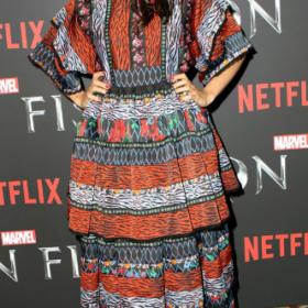 Η Rosario Dawson με H&M