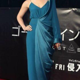 Η Scarlett Johansson με Balmain