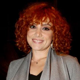 Συμβαίνει τώρα: Η Ελεονώρα Ζουγανέλη είναι στο κομμωτήριο και αλλάζει τα μαλλιά της
