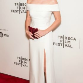 Η Emma Watson με Burberry
