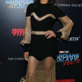 Η Zoe Saldana με Alexander McQueen