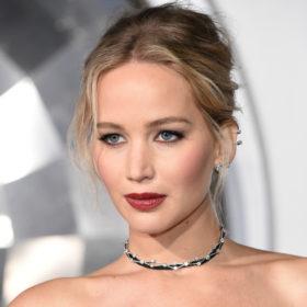 Jennifer Lawrence: Φόρεσε νυφικό στο πάρτι αρραβώνων της