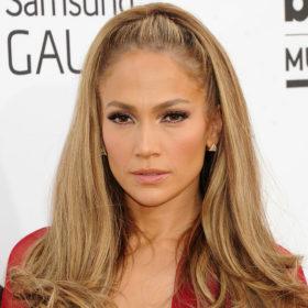 Ποια ελληνίδα celebrity είναι πλέον ίδια με την Jennifer Lopez;