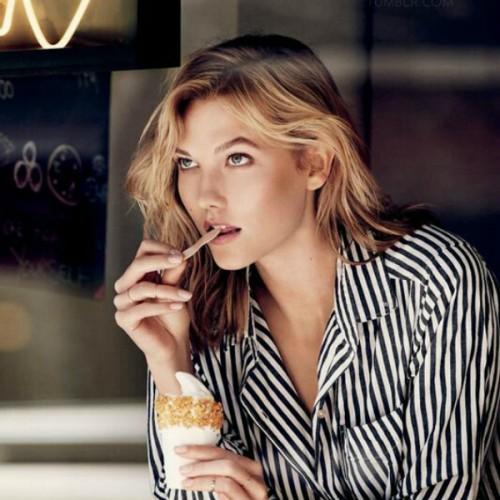 model, food, ice cream, karlie