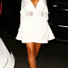 Η Rihanna με Juun.J