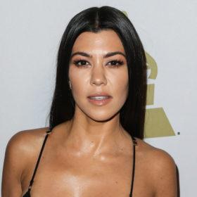 Kourtney Kardashian: Το μυστικό της για τέλεια μαλλιά κοστίζει μόλις €1