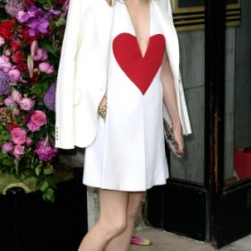Η Olivia Palermo με Schiaparelli