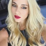 doukissa nomikou, red lips, homepage image, kokkino kragion