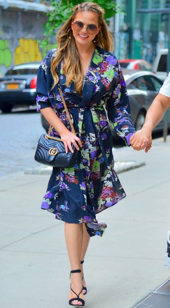 chrissy teigen, mosaic, look of the day