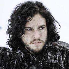 Δείτε τον Jon Snow όπως δεν τον έχετε ξαναδεί ποτέ