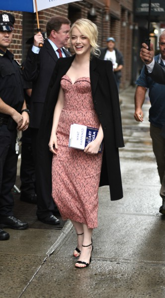 emma stone, mosaic, look of the day