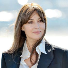 Η Monicca Bellucci κουρεύτηκε και αποδεικνύει πως τα κοντά μαλλιά μπορούν να είναι σέξι