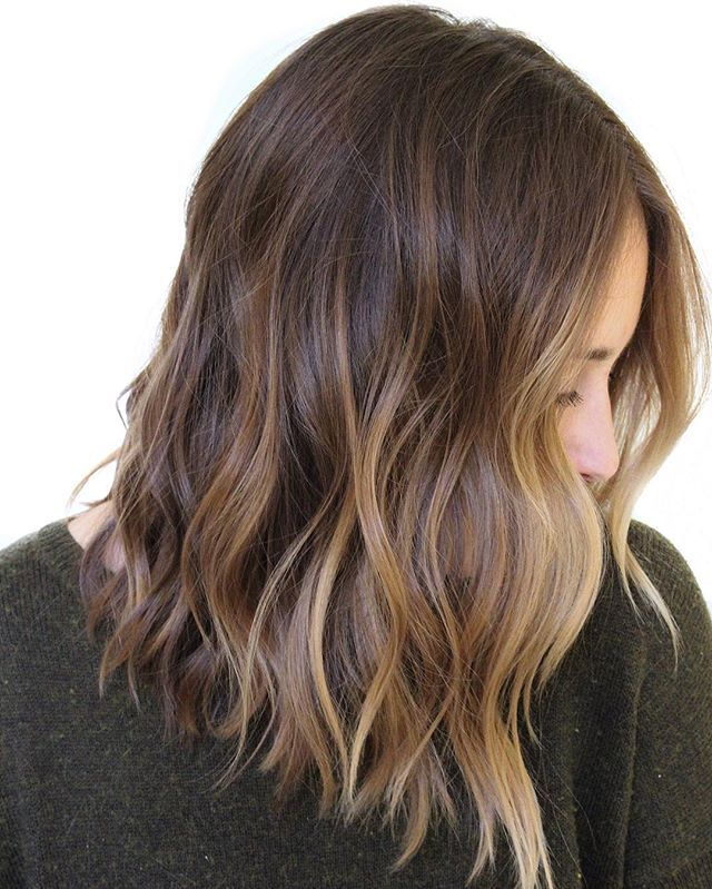 811bf0e85a111ada32e6871f8cf4fedc--sunkissed-hair-brunette-balayage-hair-color-bronde
