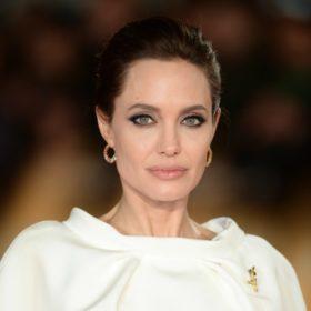Νέα καριέρα για την Angelina Jolie: Είναι δημοσιογράφος στο περιοδικό Time!