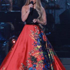 Η Jennifer Lopez με Romona Keveža