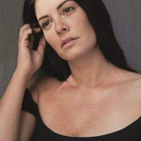 Μαρία Κορινθίου: Χωρίς μακιγιάζ και ρετούς στην τελευταία της φωτογράφιση