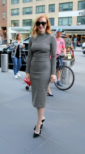 chastain, look of the day, mosaic