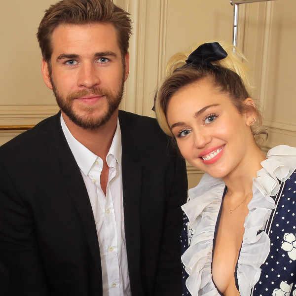Miley Cyrous- Liam Hemsworth