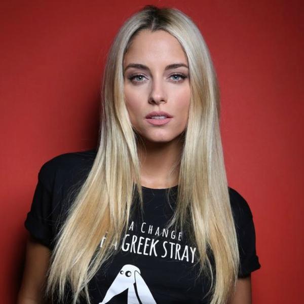 doukissa-nomikou-save-a-greek-stray