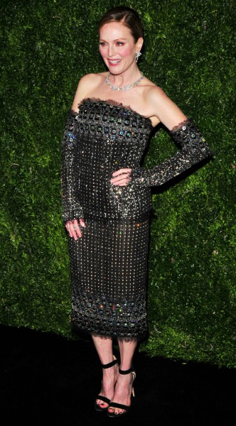 julianne moore, mosaic, look of the day