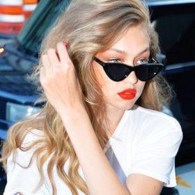 Δεν θα πιστεύετε πόσες ημέρες μένει άλουστη η Gigi Hadid για να διατηρήσει τα μαλλιά της λαμπερά